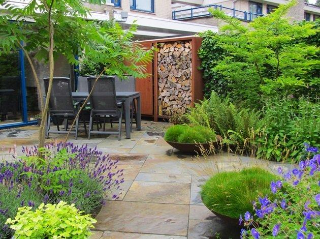 Recente bijzondere tuinontwerpen van jaarsveld tuinen for Kleine tuinontwerpen