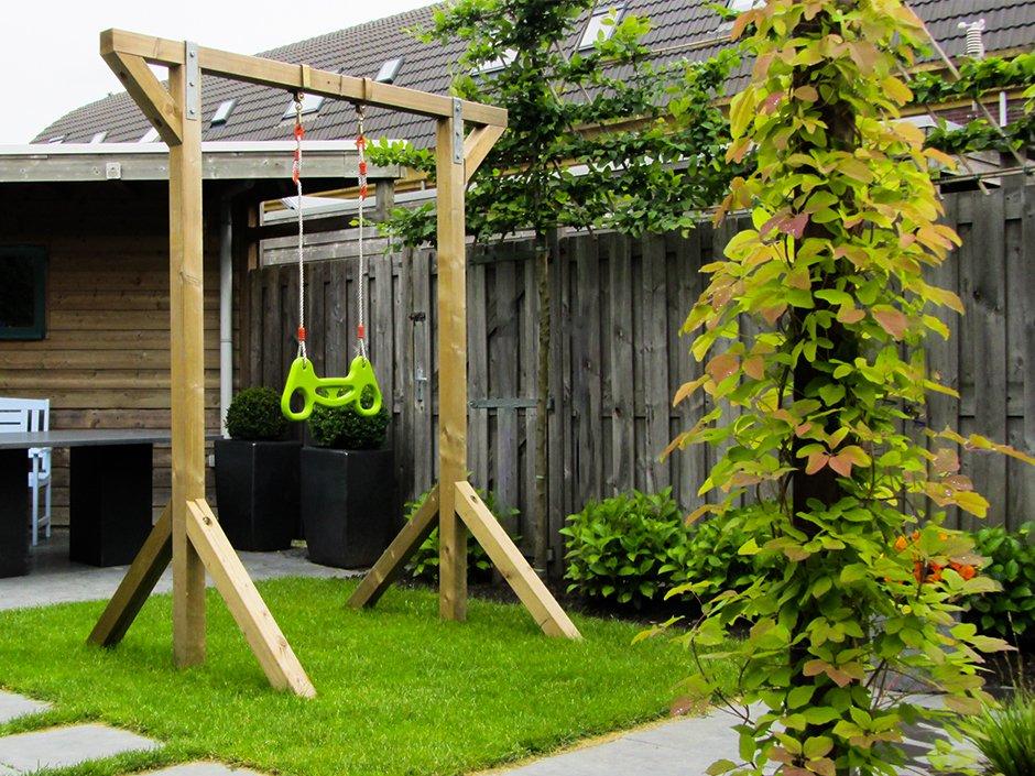 Schommel Voor Tuin : Kindvriendelijke tuin in houten van jaarsveld tuinen