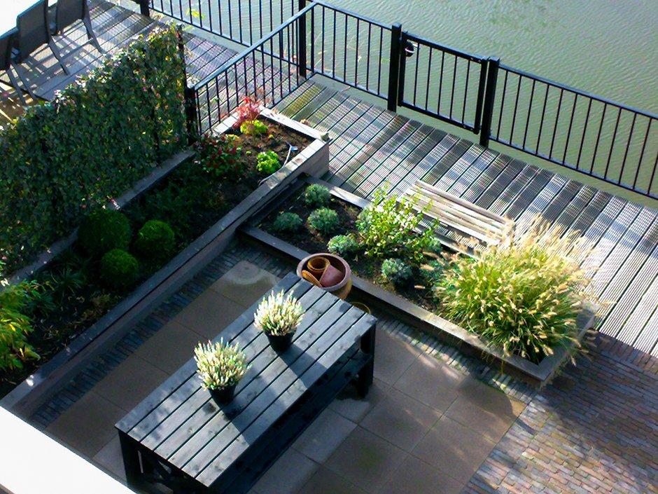 Kleine stadstuinen regio utrecht van jaarsveld tuinen - Een terras aan het plannen ...