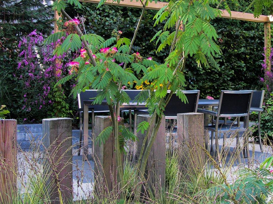 Tuin Houten Palen : Stijlvolle comfort achtertuin van jaarsveld tuinen