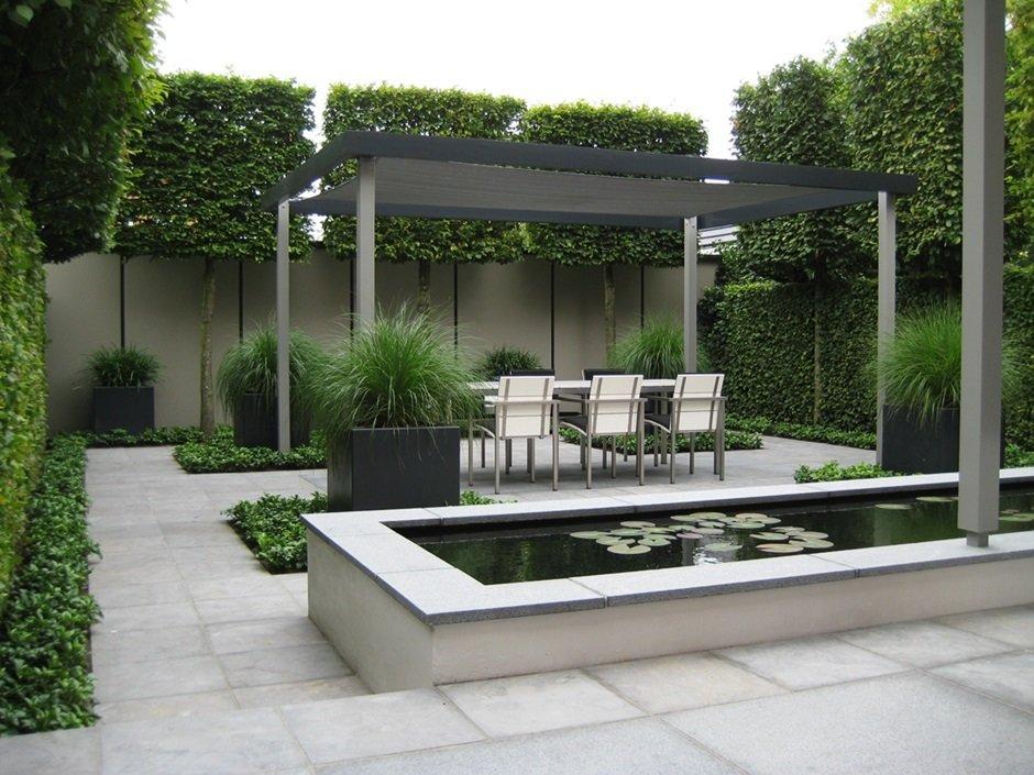 Tuinaanleg moderne strakke design achtertuin van for Moderne kleine tuin