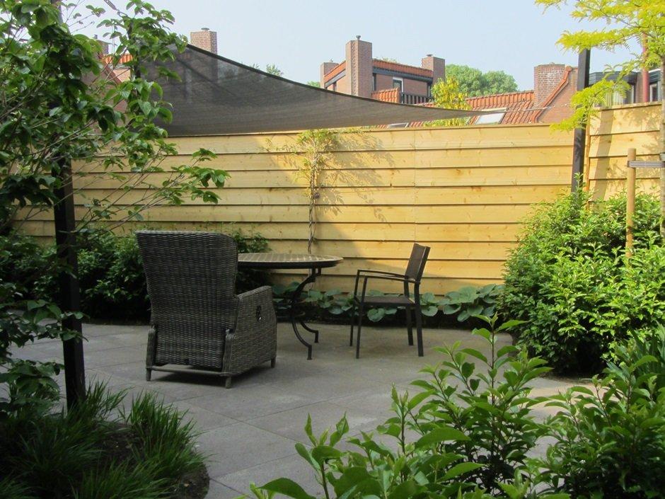 Kleine patiotuin in nieuwegein van jaarsveld tuinen for Klein tuin uitleg